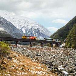 3-Day TranzAlpine Rail Journey with Guided Glacier Tour